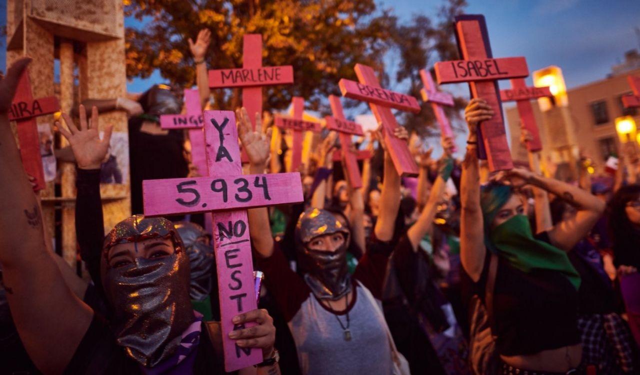 Protesta contra feminicidios en México