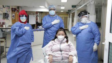 Photo of Se cura de Covid-19 y conoce a su bebé después de un mes
